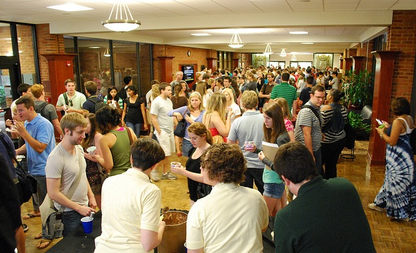 First year students gather for an ice cream social and organization fair at the end of Law Week