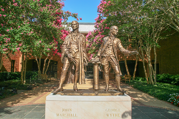 Statues of John Marshall and George Wythe